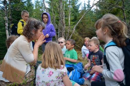 Kunstsprang for små barn- Trær-verdens lunger